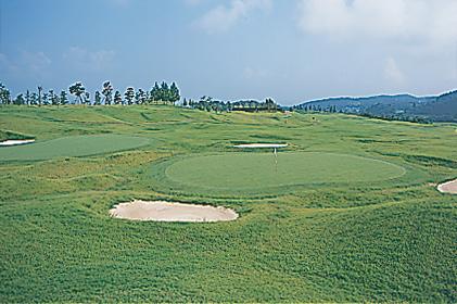 トナミロイヤルゴルフ倶楽部画像2