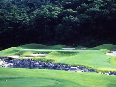 ジャパンビレッジゴルフ倶楽部1