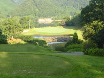 山口レインボーヒルズ豊田湖ゴルフクラブ画像2