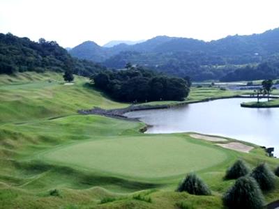 九州ゴルフ倶楽部 八幡コース1