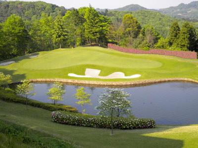 ハーモニーヒルズゴルフクラブの画像2