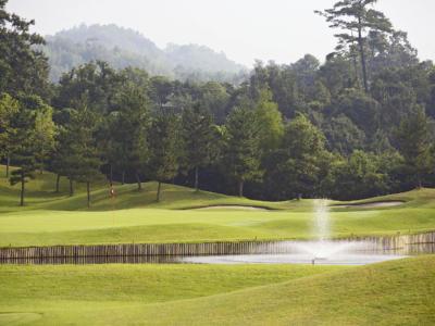 新市クラシックゴルフクラブ