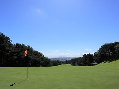 葉山パブリックゴルフコース・練習場